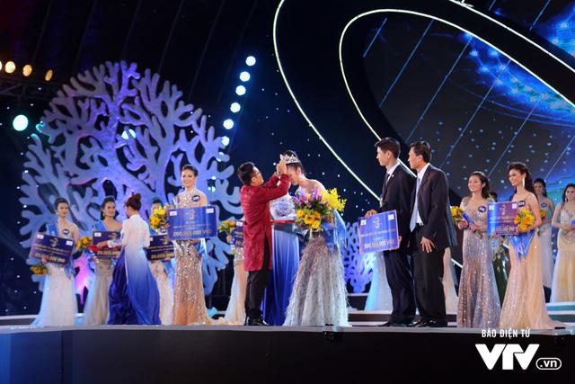 Những hình ảnh ấn tượng đêm Chung kết Hoa hậu Biển Việt Nam toàn cầu 2018 - Ảnh 19.