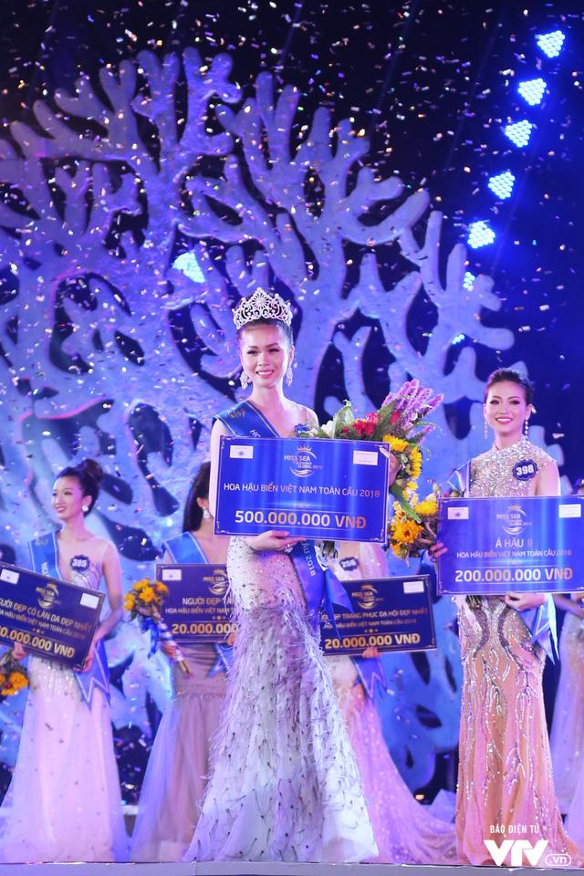 Những hình ảnh ấn tượng đêm Chung kết Hoa hậu Biển Việt Nam toàn cầu 2018 - Ảnh 20.
