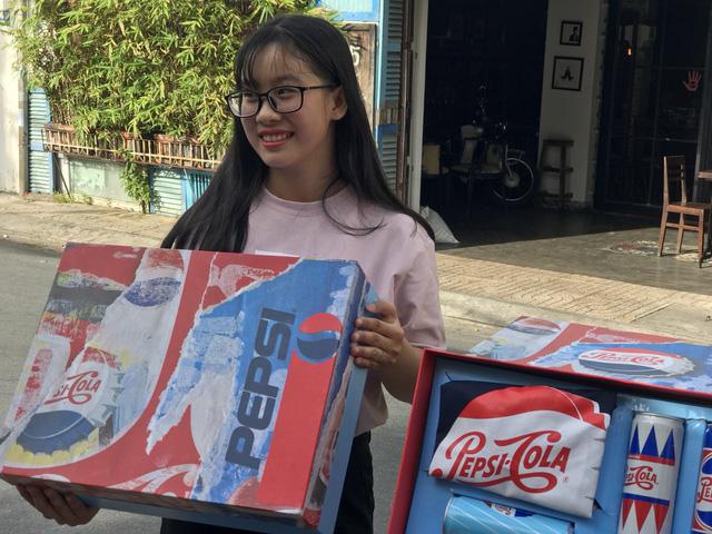 Giới trẻ Cần Thơ sôi sục vì quà chất Pepsi - Ảnh 4.