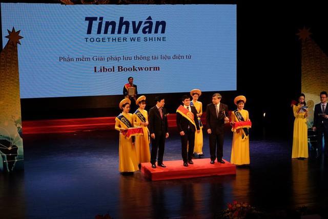 Giải pháp lưu thông tài liệu điện tử Libol Bookworm - Tinh Vân được trao danh hiệu Sao Khuê 2018 - Ảnh 1.