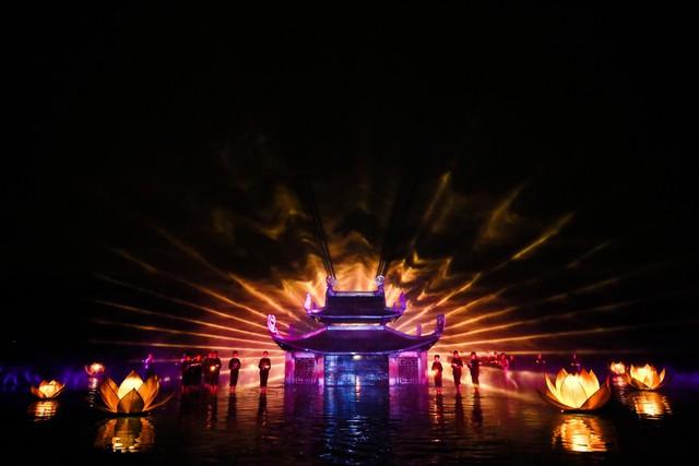 Sân khấu Tinh hoa Bắc bộ - The Quintessence of Tonkin: Gạn đục khơi trong để du khách hiểu và yêu văn hóa Việt - Ảnh 3.