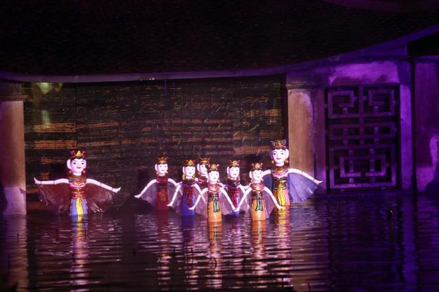 Sân khấu Tinh hoa Bắc bộ - The Quintessence of Tonkin: Gạn đục khơi trong để du khách hiểu và yêu văn hóa Việt - Ảnh 4.