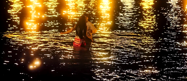 Bản hit Faded cực tình tứ qua giọng ca của Seungri trong trailer phim Chỉ yêu mình em - Ảnh 1.