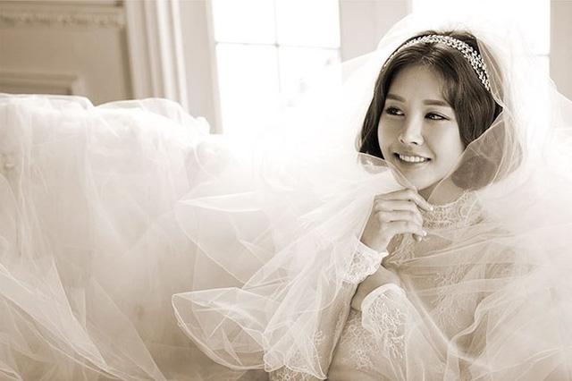 """Những sao Hàn từng """"gây sốc"""" khi bất ngờ tuyên bố kết hôn - Ảnh 2."""