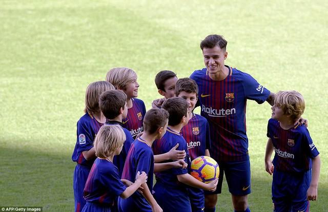 CHÍNH THỨC: Coutinho ra mắt CLB mới, Barcelona - Ảnh 5.