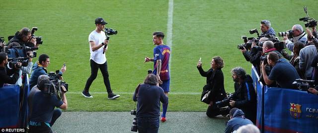 CHÍNH THỨC: Coutinho ra mắt CLB mới, Barcelona - Ảnh 4.