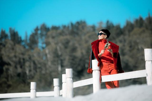 Hoa hậu H'Hen Niê hào hứng đi khám phá New Zealand - Ảnh 1.