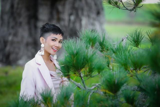 Hoa hậu H'Hen Niê hào hứng đi khám phá New Zealand - Ảnh 5.