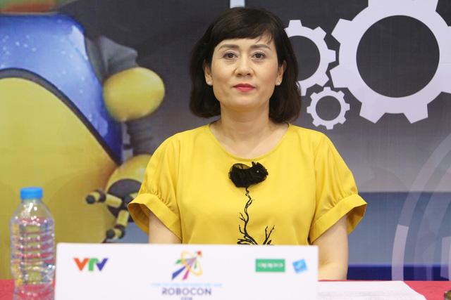 """Đây chính là những người """"cầm cân nảy mực"""" tại VCK Robocon Việt Nam 2018 - Ảnh 3."""