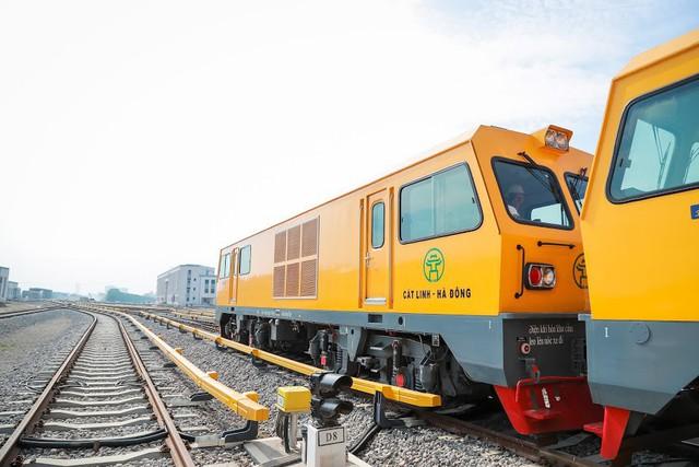 Hình ảnh chạy thử tàu trên tuyến đường sắt trên cao Cát Linh - Hà Đông  - Ảnh 7.