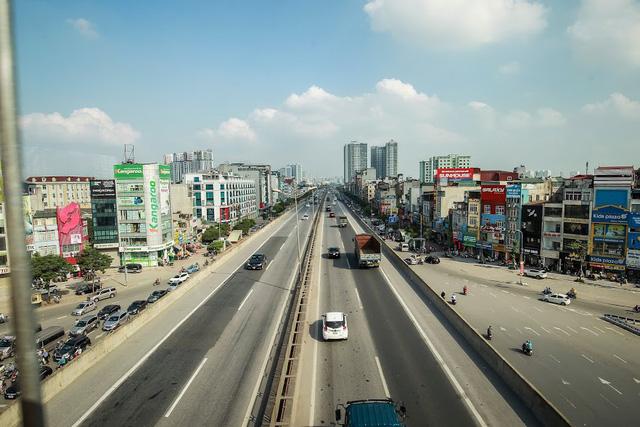 Hình ảnh chạy thử tàu trên tuyến đường sắt trên cao Cát Linh - Hà Đông  - Ảnh 10.