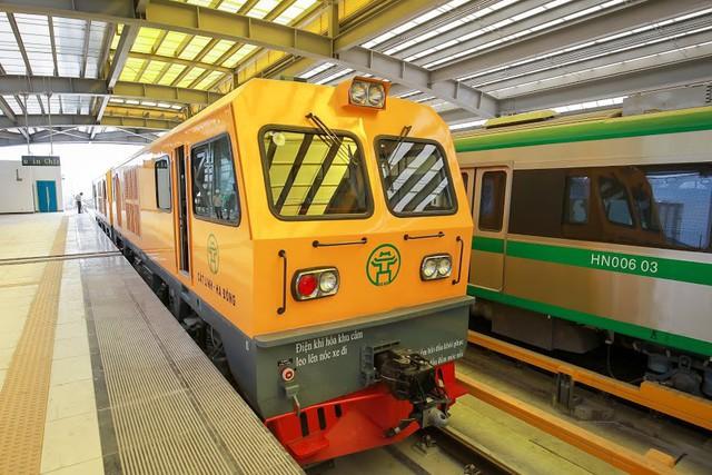 Hình ảnh chạy thử tàu trên tuyến đường sắt trên cao Cát Linh - Hà Đông  - Ảnh 3.