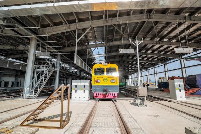 Hình ảnh chạy thử tàu trên tuyến đường sắt trên cao Cát Linh - Hà Đông  - Ảnh 6.