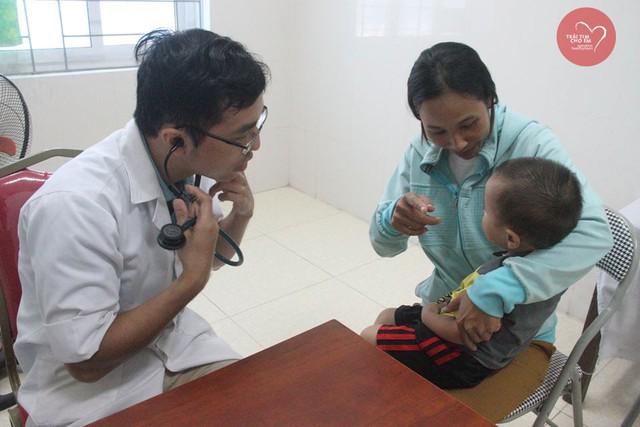 Phát hiện 37 bệnh nhi tim bẩm sinh ở Hà Tĩnh - Ảnh 7.