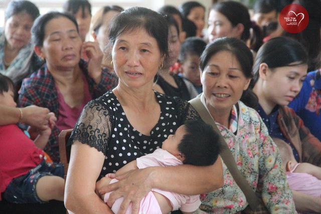 Phát hiện 37 bệnh nhi tim bẩm sinh ở Hà Tĩnh - Ảnh 6.