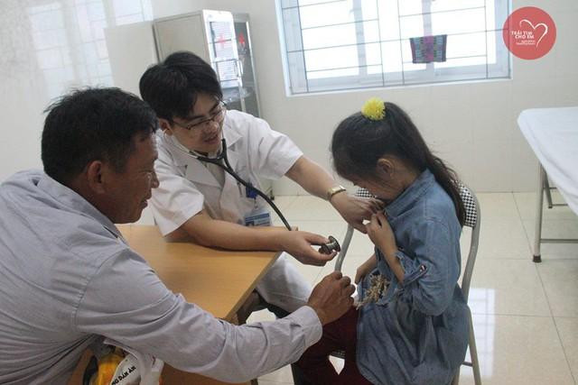 Phát hiện 37 bệnh nhi tim bẩm sinh ở Hà Tĩnh - Ảnh 2.