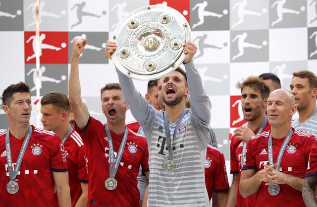 Ảnh: Bayern Munich ăn mừng chức vô địch Bundesliga 2017/18 - Ảnh 1.