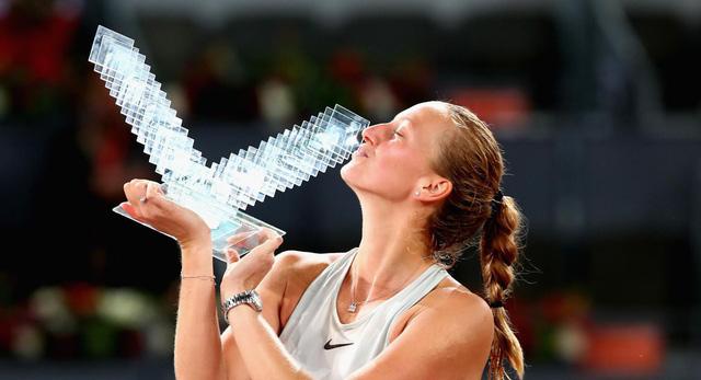 Thắng kịch tính Bertens, Kvitova lên ngôi tại giải quần vợt Madrid mở rộng 2018 - Ảnh 4.