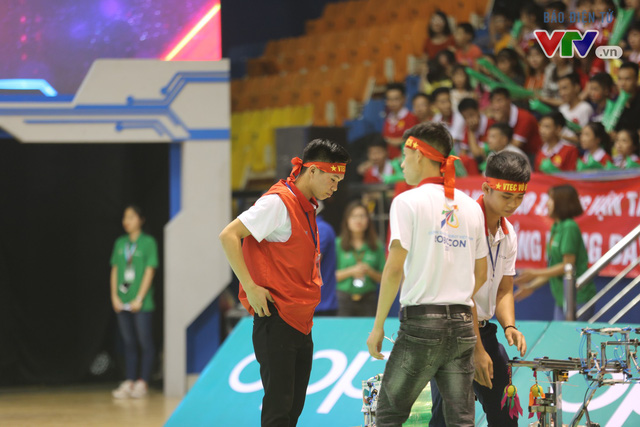 VCK Robocon Việt Nam: Đội chiến thắng mang theo hy vọng của những đội dừng bước - Ảnh 6.
