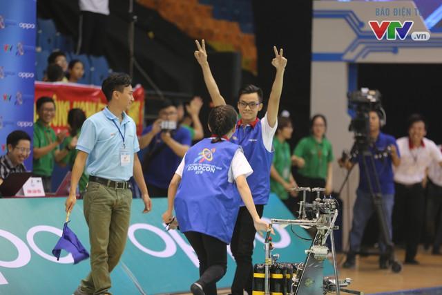 VCK Robocon Việt Nam: Đội chiến thắng mang theo hy vọng của những đội dừng bước - Ảnh 13.