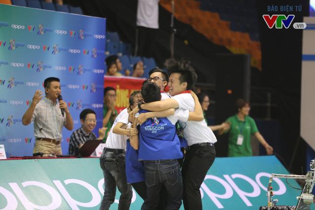 VCK Robocon Việt Nam: Đội chiến thắng mang theo hy vọng của những đội dừng bước - Ảnh 14.