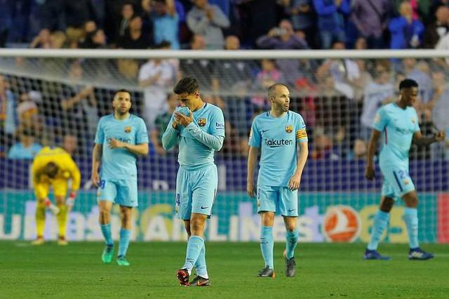 Kết quả bóng đá châu Âu tối 13, rạng sáng 14/5: Man City cán mốc 100 điểm, Barcelona đứt mạch bất bại - Ảnh 3.