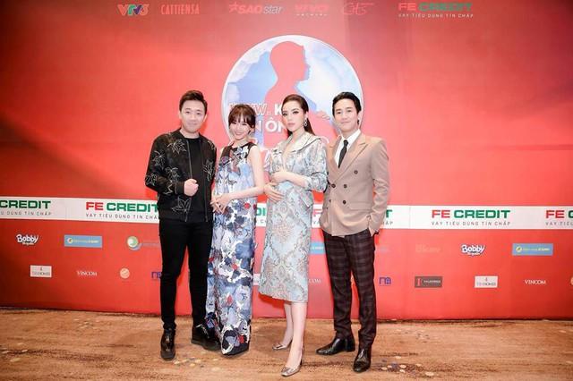 Trấn Thành - Hari Won vác bụng bầu ra mắt show Khi đàn ông mang bầu - Ảnh 1.