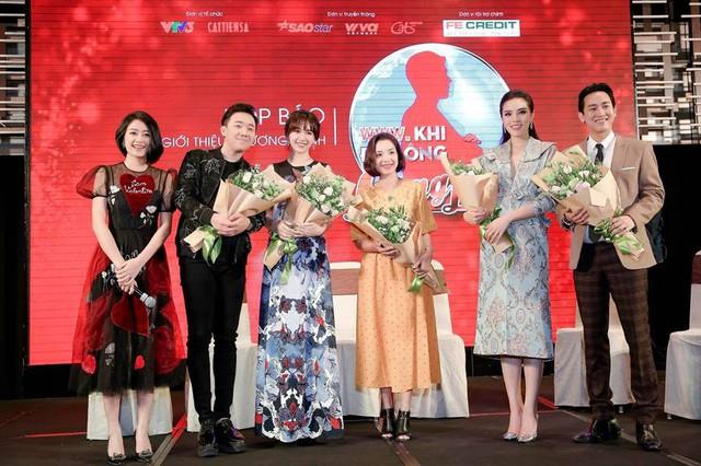 Trấn Thành - Hari Won vác bụng bầu ra mắt show Khi đàn ông mang bầu - Ảnh 3.