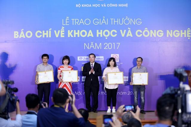 Giải thưởng Báo chí về Khoa học và Công nghệ 2017: VTV giành 1 giải Nhất, 1 giải Nhì - Ảnh 2.