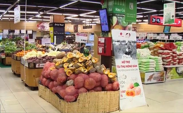 Các siêu thị tham gia giải cứu nông sản - Ảnh 1.