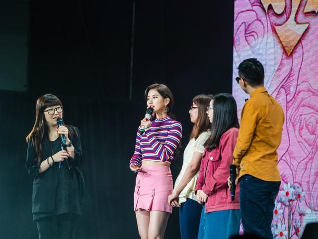 Suzy bật khóc khi họp mặt fan ở Đài Loan - Ảnh 3.
