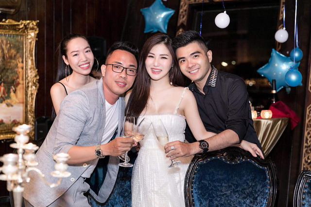 Hương Tràm tổ chức sinh nhật tại du thuyền 5 sao - Ảnh 4.