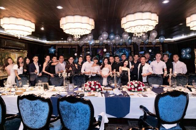 Hương Tràm tổ chức sinh nhật tại du thuyền 5 sao - Ảnh 1.