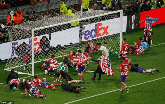 Những hình ảnh đáng nhớ trong trận chung kết UEFA Europa League 2017/18 - Ảnh 22.