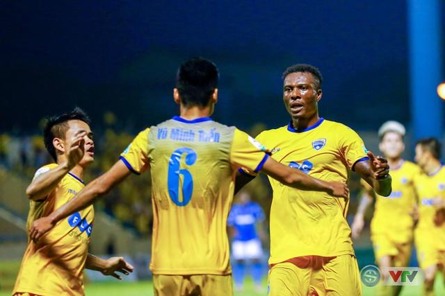 Lịch thi đấu và trực tiếp bóng đá vòng 12 Nuti Café V.League 2018 - Ảnh 1.