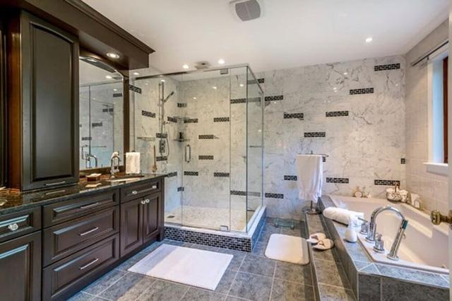 Mẫu phòng tắm đẹp hiện đại và tiện nghi - Ảnh 3.