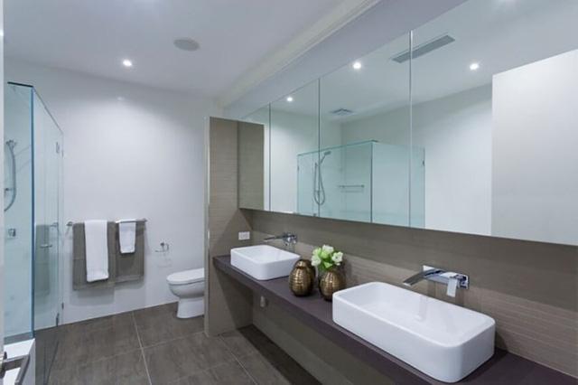 Mẫu phòng tắm đẹp hiện đại và tiện nghi - Ảnh 9.