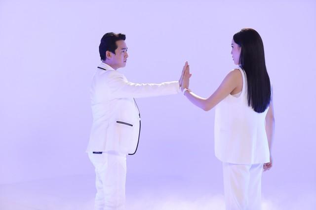 Khi đàn ông mang bầu 2018: Vừa mở màn, Trấn Thành - Hari Won đã có phát ngôn đậm chất ngôn tình - Ảnh 3.