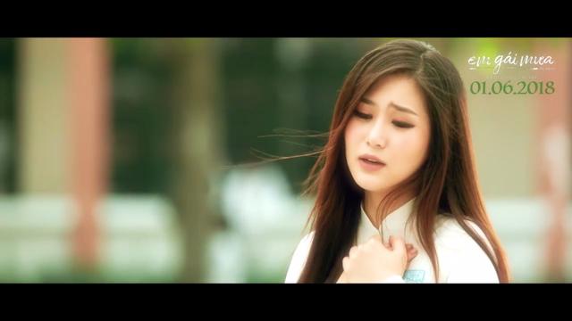 Hương Tràm nhớ lại thời trốn học đi hát trong MV Nhắn gửi thanh xuân - Ảnh 2.