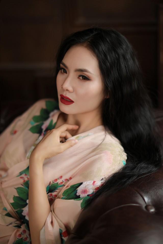 Gái quê  Lương Nguyệt Anh bất ngờ gợi cảm trong bộ ảnh mới - Ảnh 4.
