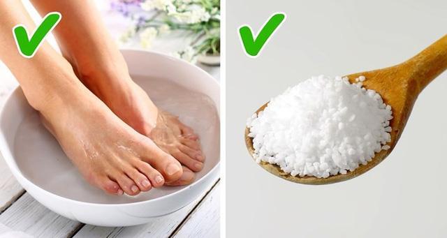 Những cách tự nhiên chữa móng chân mọc lệch đâm vào da thịt - Ảnh 1.