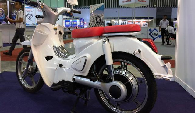 Xe máy điện nhái biểu tượng xấu lạ Honda EV-Cub xuất hiện ở Việt Nam - Ảnh 2.