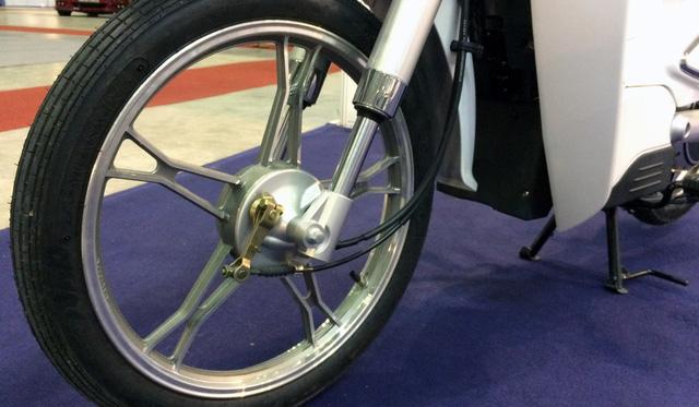 Xe máy điện giả biểu tượng xấu lạ Honda EV-Cub xuất hiện tại Việt Nam - Ảnh 7.