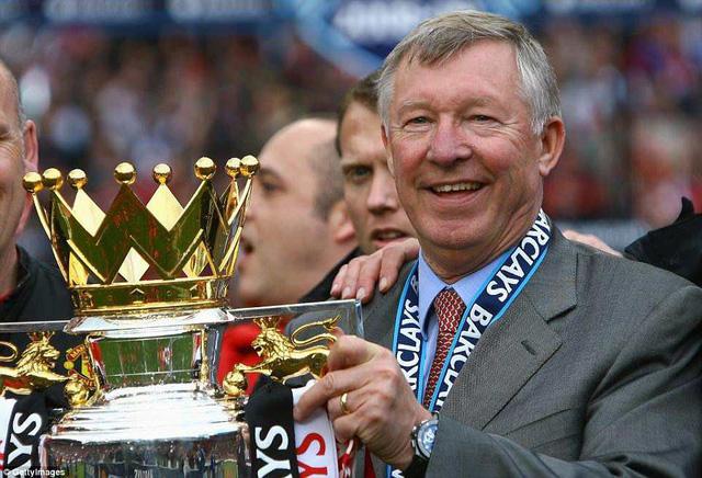 Sir Alex Ferguson nhập viện khẩn cấp trong tình trạng nguy kịch - Ảnh 1.
