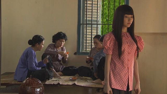 Mỹ nhân Sài Thành - Tập 2: Thanh Trà (Ngân Khánh) mua trang sức giả dự thi - Ảnh 2.