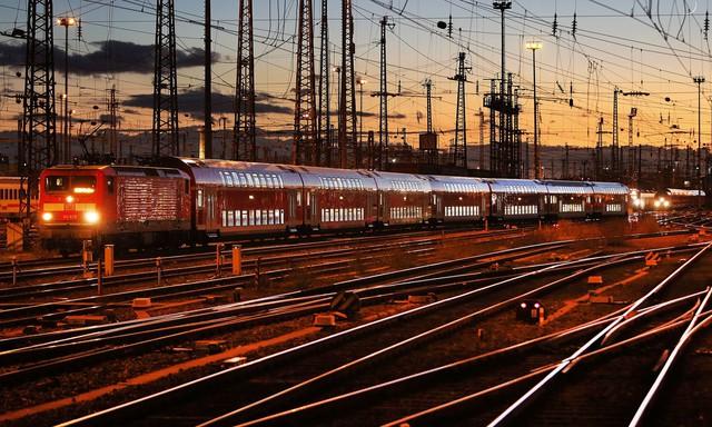 Đức: Đường sắt bị trì hoãn hơn 21 tiếng chỉ vì… nam thanh niên say xỉn - Ảnh 1.