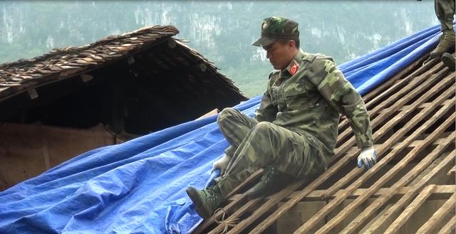 Hỗ trợ đồng bào nghèo tỉnh Bắc Kạn sau thiên tai, mưa đá - Ảnh 10.