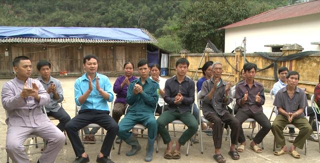 Hỗ trợ đồng bào nghèo tỉnh Bắc Kạn sau thiên tai, mưa đá - Ảnh 3.