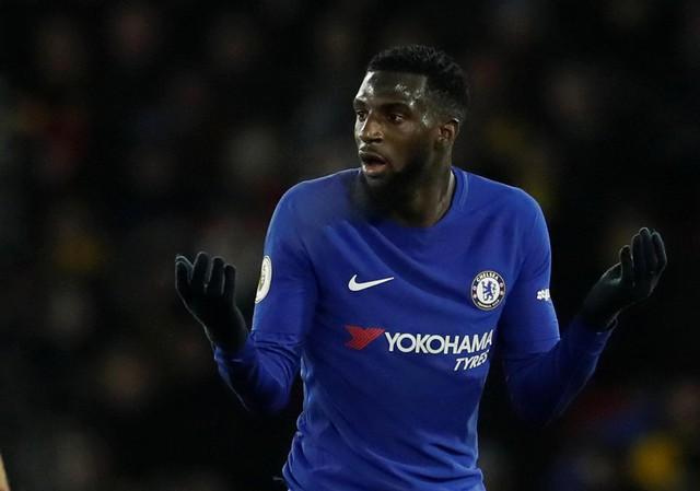 Đội hình tệ nhất Ngoại hạng Anh 2017/18: Sao Chelsea, Arsenal góp mặt - Ảnh 7.