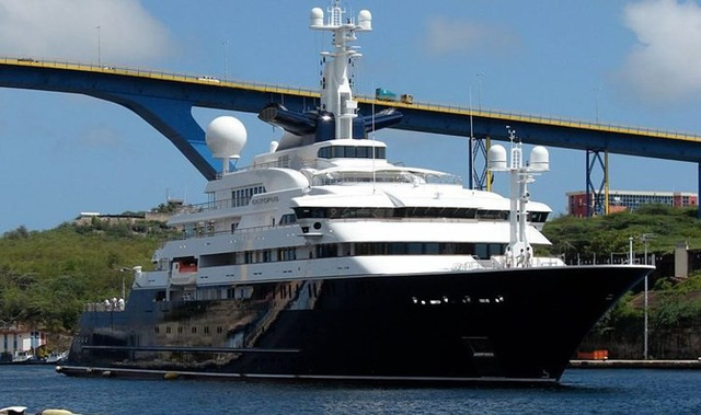 Những siêu du thuyền đắt đỏ nhất thế giới - Ảnh 1.